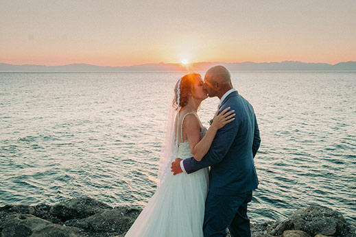 Wedding-at-akrotiri-kalamata